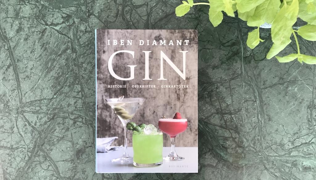 """Her kan du købe bogen """"GIN. Historie – Opskrifter – Ginkartotek"""""""