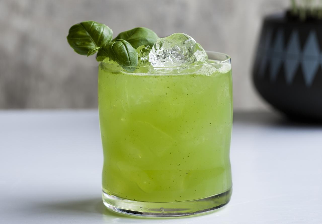 Basil Smash med Hendrick's Gin